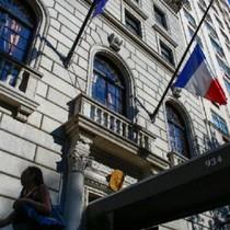 Lãnh sự quán Pháp ở New York sơ tán vì sợ bị đánh bom