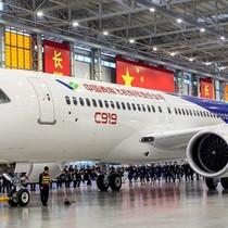 """Máy bay """"Made in China"""" đã sẵn sàng cất cánh"""