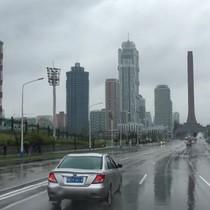 Bình Nhưỡng ngày mưa qua video hiếm của phóng viên phương Tây