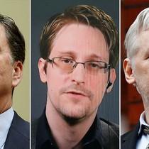 """""""Cha đẻ"""" WikiLeaks mời Giám đốc FBI bị sa thải về đầu quân"""
