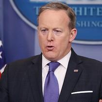 Nhà Trắng bác tin Trump đe doạ Comey