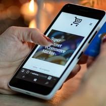 Việt Nam có 23 triệu người mua sắm thường xuyên trên mạng