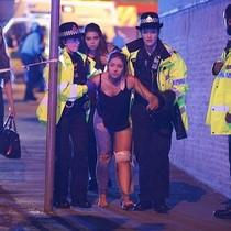 """Nhân chứng vụ nổ tại Anh: """"Cảnh tượng như phim chiến tranh"""""""