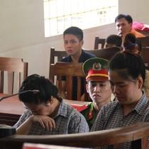"""Hàng chục phụ nữ Việt """"sập bẫy"""" lừa quà tặng của người nước ngoài"""