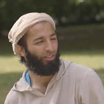 Kẻ khủng bố London từng xuất hiện trên truyền hình Anh