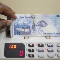 Tiền tệ Qatar chạm đáy 19 năm giữa khủng hoảng ngoại giao Ả Rập