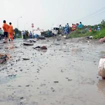 """Dốc cầu """"tử thần"""" ở Sài Gòn"""