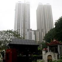 Liều mua biệt thự gần nghĩa trang: Đại gia bỏ rơi 20 tỷ