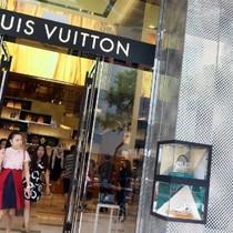 Louis Vuitton mở trang mua sắm online ở Trung Quốc