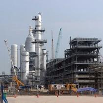 Tập đoàn Dầu Khí lo mất 2 tỷ USD bù lỗ cho Lọc dầu Nghi Sơn