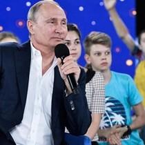 Ông Putin để ngỏ khả năng tranh cử tổng thống Nga năm 2018