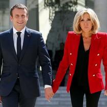 Hơn 220.000 người ký đơn phản đối Pháp có đệ nhất phu nhân