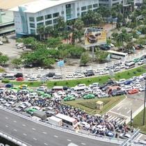 [Video] TP. HCM thử nghiệm mở lối lưu thông mới 'giải cứu' Tân Sơn Nhất