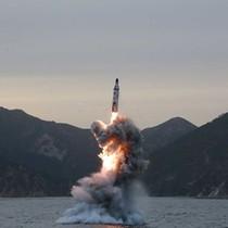 Triều Tiên có thể sắp thử tên lửa đạn đạo phóng từ tàu ngầm