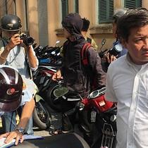 [Video] Ông Đoàn Ngọc Hải xử lý bãi giữ xe cạnh UBND quận 1