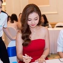 """Jennifer Phạm nhanh tay """"ẵm"""" condotel FLC Grand Hotel Sầm Sơn ngày đầu chính thức mở bán"""