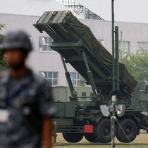 Phó đô đốc Mỹ đề xuất đưa vũ khí hạt nhân đến Nhật