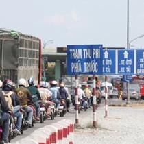 BizDAILY : Vì đi xe máy nên người nghèo không bị ảnh hưởng bởi trạm thu phí