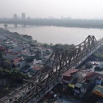 <span class='bizdaily'>BizDAILY</span> : Hà Nội sẽ chi hàng chục ngàn tỷ đồng xây 14 cầu vượt sông Hồng, sông Đuống