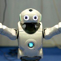 """WEF cảnh báo """"làn sóng tự động hóa và robot"""" đe dọa nền kinh tế"""