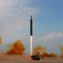 Triều Tiên bị nghi di chuyển tên lửa từ trung tâm chế tạo