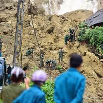 Hoà Bình công bố tình trạng khẩn cấp do sạt lở đất