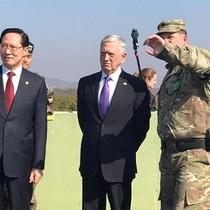 Thăm khu phi quân sự, Bộ trưởng Quốc phòng Mỹ dịu giọng với Triều Tiên