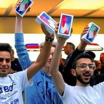 """Giá iPhone """"chợ đen"""" ở Australia đắt gấp đôi giá bán lẻ chính thức"""