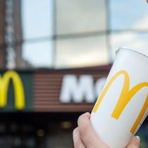 Tại sao Coca-Cola ở McDonald's lại ngon hơn hẳn ở các cửa hàng ăn nhanh khác