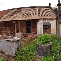 Cắn răng phá nhà cổ Đường Lâm