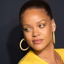 Snap lại mất gần 800 triệu USD vì chọc giận Rihanna