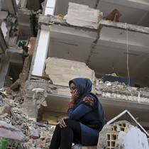 Số tử vong do động đất ở Iran - Iraq tăng lên tới 530 người