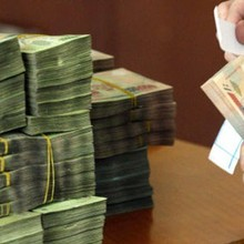"""So với thưởng Tết """"khủng"""", truy lĩnh mới là những con số đáng khao khát ở ngân hàng"""