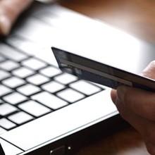 """Khách hàng bị """"hớ"""" khi mua hàng online như thế nào?"""