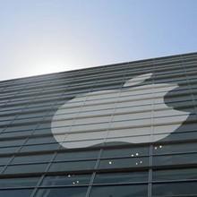 Tại sao ngành quảng cáo trực tuyến sợ Apple nhưng Google và Facebook thì không?