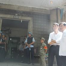 Chung cư ngay trung tâm Sài Gòn bị cưỡng chế, bà con được bố trí chỗ ở