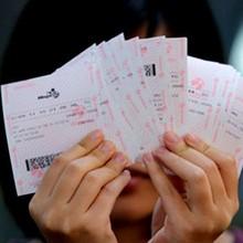 """Thêm """"tỷ phú vé số"""" trúng 82 tỷ đồng tại An Giang"""