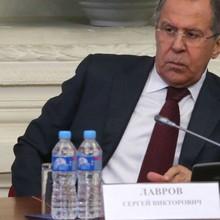 """Ông Lavrov đáp trả trợ lý """"diều hâu"""" của Trump"""