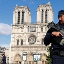 Trước khi tấn công tại nhà thờ Đức Bà Paris, kẻ khủng bố đã tuyên thệ trung thành với IS