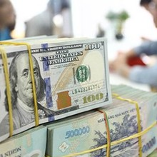 [Round-up] Vietnam Mulls Allowing Foreigners to Deposit Cash at Banks