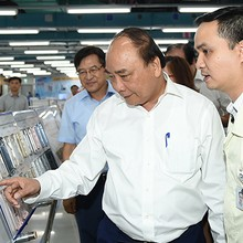 [Round-up] PM Highlights Samsung's Role, Scolds 13 Provinces, Ministries for Slow Disbursement