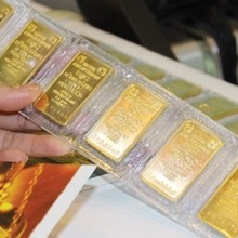 Gold Transactions in Vietnam Plunge as Yellow Metal Loses Appeal