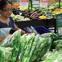 Khi rau đắt hơn thịt lại không cần giải cứu