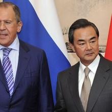 """Trung Quốc kêu gọi Mỹ và Triều Tiên """"hãm phanh"""" căng thẳng"""