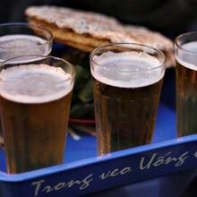 [Video] Làng trăm năm làm cốc bia cỏ ở Nam Định