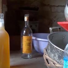 Công nghệ làm mật ong giả đáng sợ ở Hà Nội