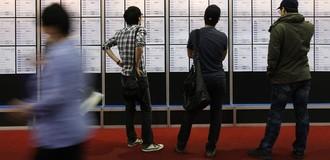 Vì sao quá nhiều thanh niên Hàn Quốc thất nghiệp?