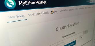 Ví tiền điện tử giả của tác giả người Việt đang đứng đầu App Store?