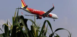 Vietnam's Bikini-clad Airline Pursues Overseas Listing Dream