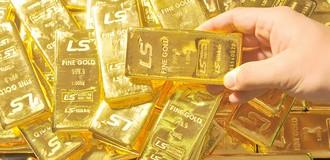 Giá vàng quay đầu tăng do chứng khoán hụt hơi